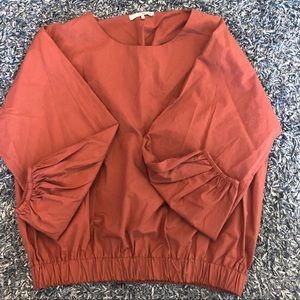 OAK + FORT CROP BALLON BLOUSE BURNT ORANGE